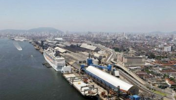 Government examines plans for the Port Sector
